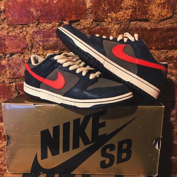 Nike Sb Dunk Low Premium Black Atom Red